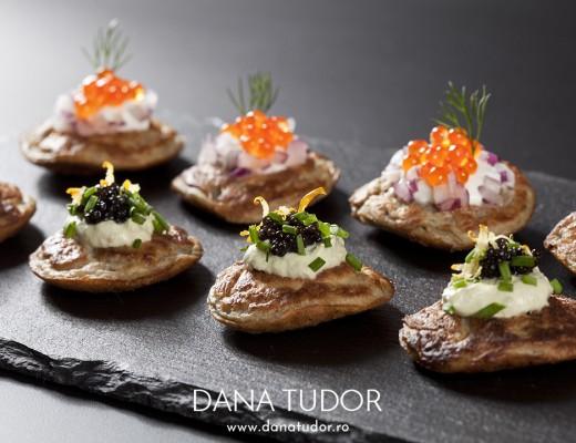 Blini cu crema de branza si caviar