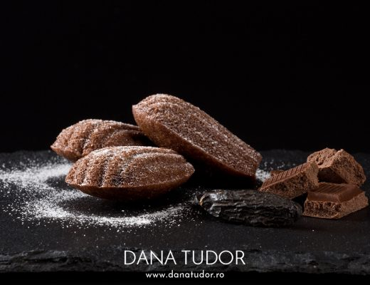 Madeleines cu ciocolata si fava tonka