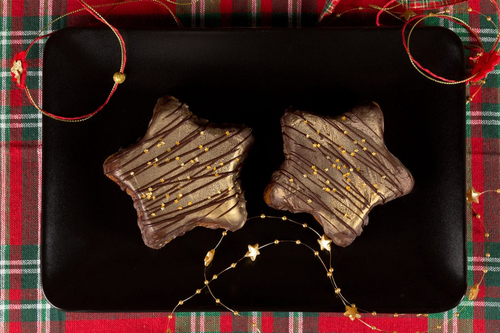 Stelute festive din turta dulce