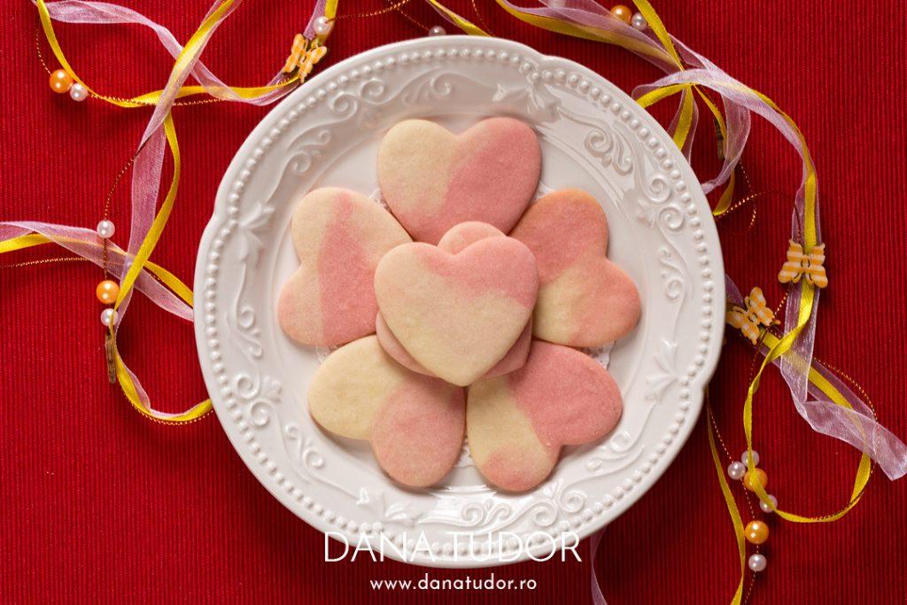 Biscuiti marmorati cu aroma de trandafiri