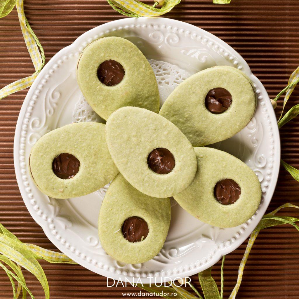 Biscuiti Linzer cu menta si ciocolata